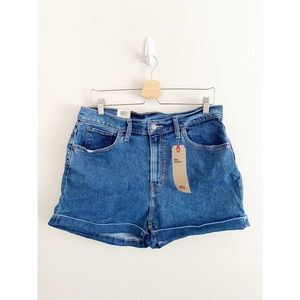 Levi's High Rise Mom Shorts